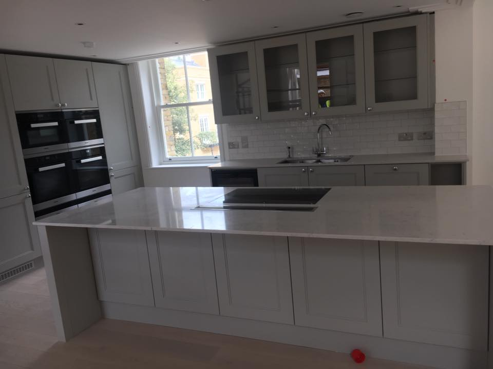 White kitchen quartz worktop fitted in Wimbledon